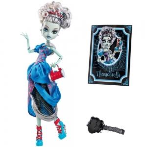 Кукла Monster high Фрэнки Штейн из серии Страшные сказки